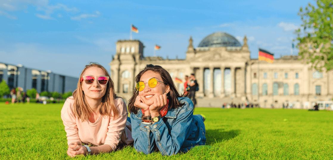 創立から20年、安心と信頼で1万人以上の留学実績